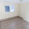 Bannatyne Apts two bedroom-0047