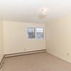 Bannatyne Apts two bedroom-0042