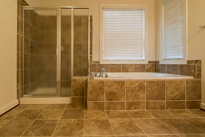 Shower and Garden Tub Master Ensuite Main Floor