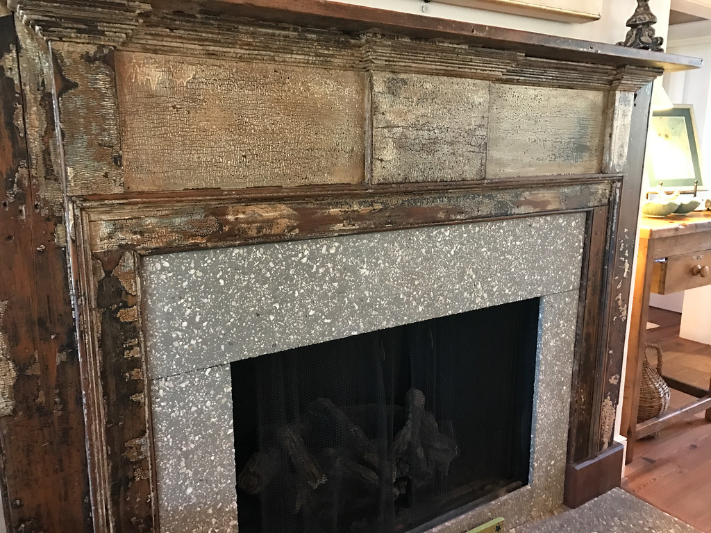 122 Lake TImicau fireplace