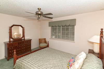 14-Guestroom_view2