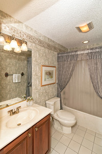 15-Guest Bath