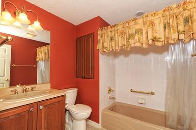 19-Guest Bathroom