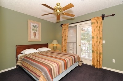 18-Guest Room
