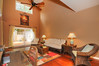 11-Living Room_view1