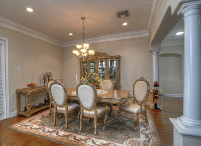 14_Dining room area