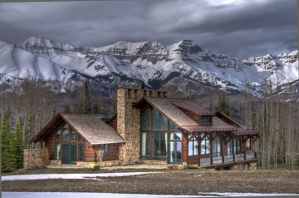 Luxury home on the ski slopes of Telluride!