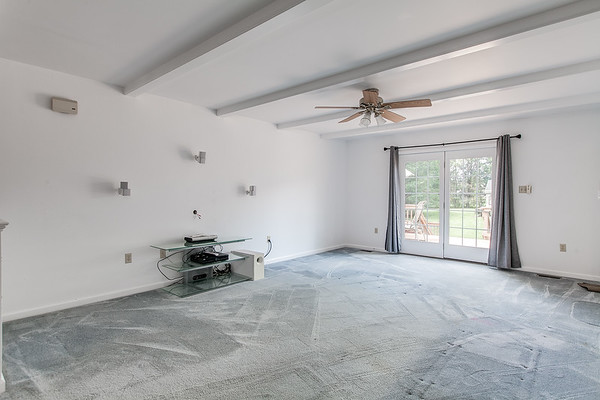 3926 Valley View-2430