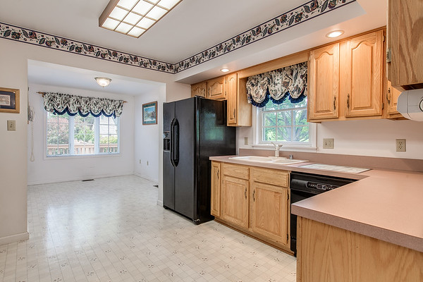 3926 Valley View-2422