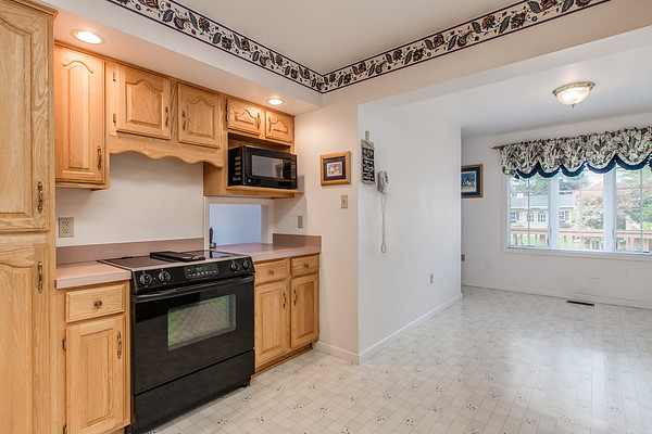 3926 Valley View-2423