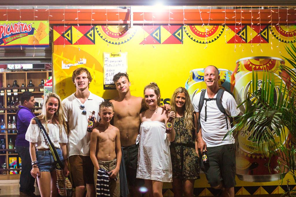 181-b-r-conchal-beach-costa-rica-family-photography