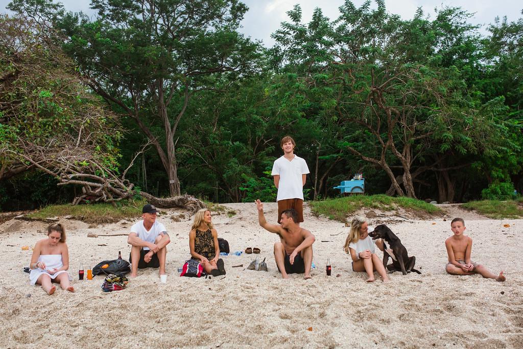 152-b-r-conchal-beach-costa-rica-family-photography