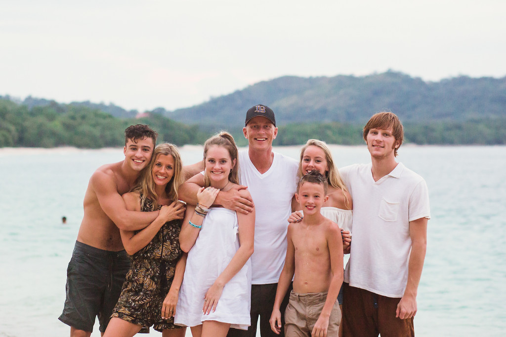 176-b-r-conchal-beach-costa-rica-family-photography