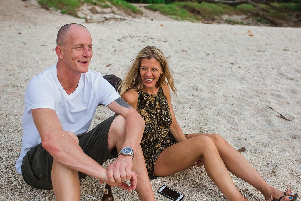 145-b-r-conchal-beach-costa-rica-family-photography