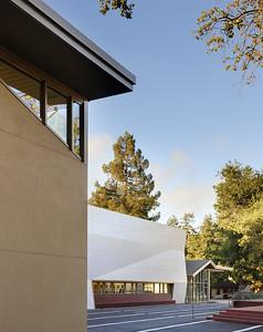 Menlo School Gym, Atherton, CA.Kevin Hart Architecture, Vance Brown Builders. Exterior.