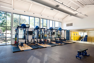 Menlo School Gym, Atherton, CA.Kevin Hart Architecture, Vance Brown Builders. Weight Room