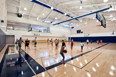 Menlo School Gym, Atherton, CA.Kevin Hart Architecture, Vance Brown Builders. Indoor Gymnasium.