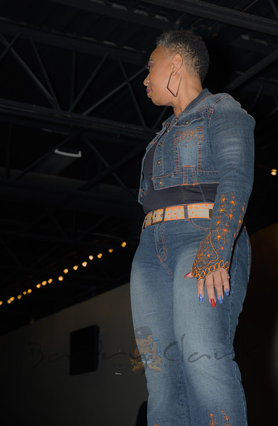 Fashion Show (Ambience) (229 of 386)