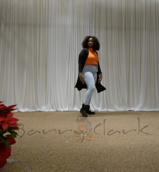 Fashion Show (Ambience) (202 of 386)