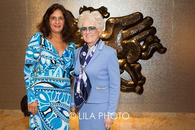 Cynthia Martin, Carole Martin