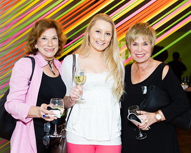 Lois Rothberg, Andrea Rothberg, Marilyn Liebman © LILA PHOTO