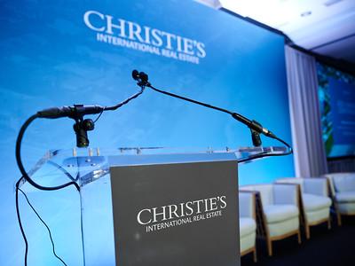 Christies2_002