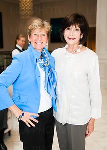 Lisa Mulhall, Carole Putnam