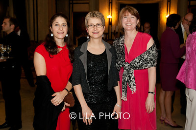 Isabell Taube, Tracy Kamerer, Sarah Hall