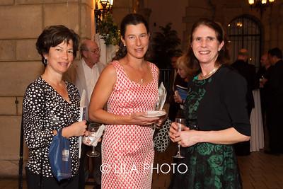 Suzanne Reisig, Gina Hartel, Jane Salmon