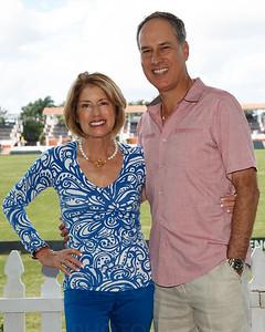 Roxanne Stein, Steve Moss