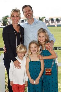 Kirsten & Andrew Kennedy, Cov, Nicollette, & Isobel Kennedy
