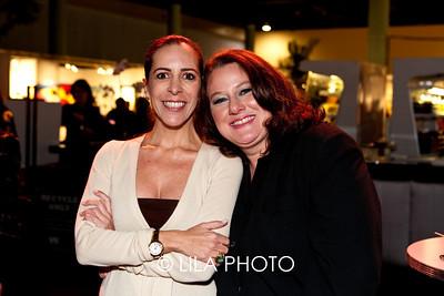 L-R: Tanya Brillembourg Capriles (Saludarte Foundation), Ariana Testamarch Orellana (Miami Biennale)