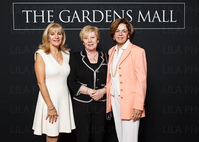 Suzanne McKenna, Mary Leonetti, Rita Cusimano