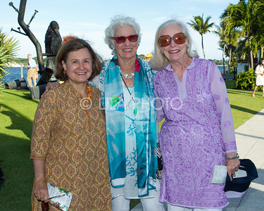Diana Barrett, Polly Reed, Julia Hansen