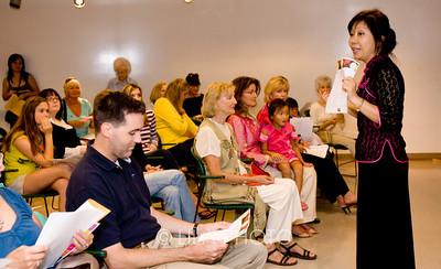 Chinese and Calligraphy Teacher - Louisa Perolio teaching Calligraphy Class