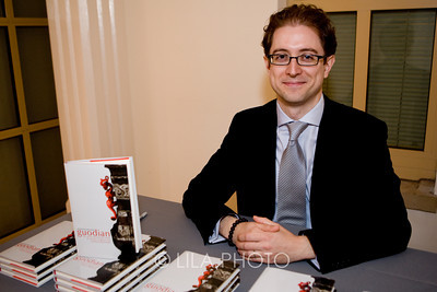 Author Dr. Kenneth Holloway