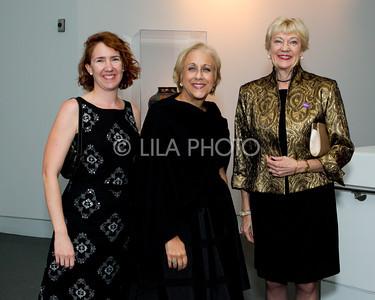 Ellen Roberts , Holly Davis, Robin Woodard