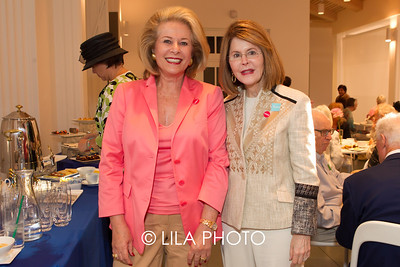 Linda Schlanger, Jean Sharf