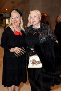 Arlette Gordon, Joan Dolan