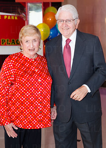 Simona & Jerome Chazen