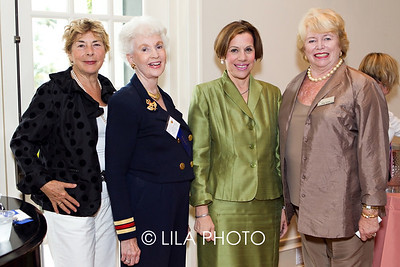 Leanna Landsmann, Joyce McLendon, Judy Goodman, Ellen Tansey