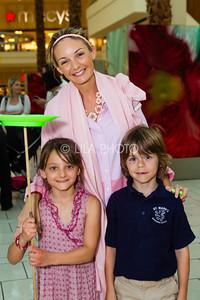 Ingrid, Hayley, & Finn Jarvi