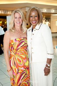 Donna Lewis, Sharon Donohue