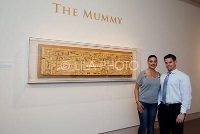 Julia Miayess, Joey Delvalle