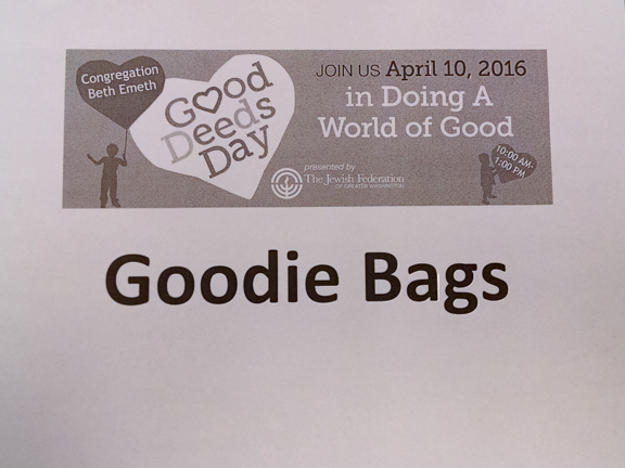 2016-04-10-Good Deeds Day-155053038