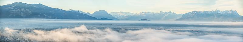 Morgennebel über dem Rheintal