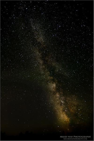 Milky-way July 17th 2017<br /> Raymond's Ontario Nature Photography Tours<br /> <br /> ray@raymondbarlow.com<br /> Nikon D810 ,Nikkor 17-35mm f/2.8D ED-IF AF-S<br /> 20s f/2.8 at 17.0mm iso2500