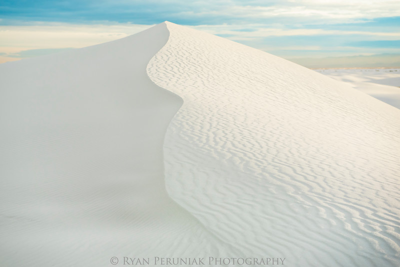 I have traveled to many deserts and hundreds of beaches throughout the world, but I have never seen sand like this before.  <br /> <br /> White Sands National Monument