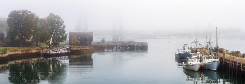 Quiet in Portsmouth Harbor