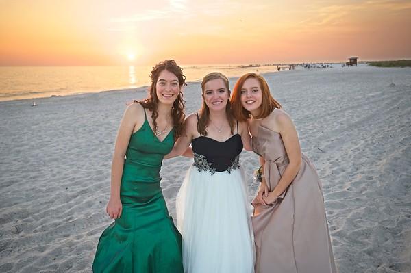 Caroline Emily and Grace 2019 Graduating Prom evening